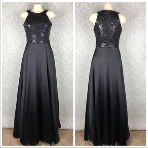 $200 NWT Black Formal Sequins Dress